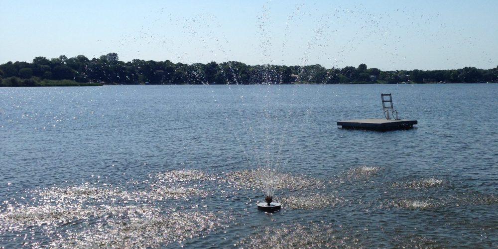 Fountain on lake 4